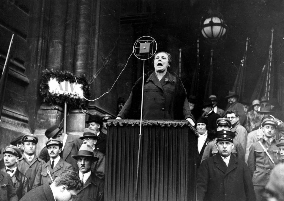 1919 Marie Juchacz – Die erste Rede einer Frau im Reichstag